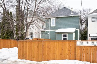 Photo 31: 107 Cobourg Avenue in Winnipeg: Glenelm Residential for sale (3C)  : MLS®# 202003709