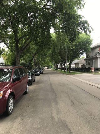 Photo 4: 10042 92 Street in Edmonton: Zone 13 House for sale : MLS®# E4203872