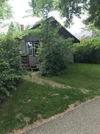 Photo 2: 10042 92 Street in Edmonton: Zone 13 House for sale : MLS®# E4203872