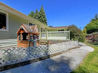 Photo 18: 2121 Winfield Dr in Sooke: Sk John Muir Single Family Detached for sale : MLS®# 844925