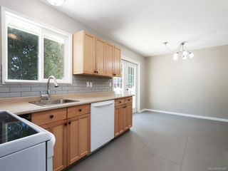 Photo 9: 2121 Winfield Dr in Sooke: Sk John Muir Single Family Detached for sale : MLS®# 844925