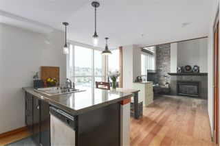 "Photo 2: 508 7 RIALTO Court in New Westminster: Quay Condo for sale in ""Murano Lofts"" : MLS®# R2397998"