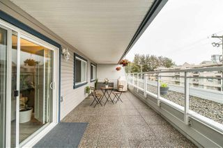 """Photo 16: 103 550 ROYAL Avenue in New Westminster: Downtown NW Condo for sale in """"HARBOURVIEW"""" : MLS®# R2408602"""