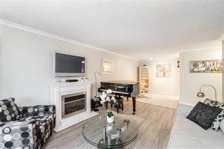 """Photo 5: 103 550 ROYAL Avenue in New Westminster: Downtown NW Condo for sale in """"HARBOURVIEW"""" : MLS®# R2408602"""