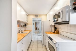 """Photo 7: 103 550 ROYAL Avenue in New Westminster: Downtown NW Condo for sale in """"HARBOURVIEW"""" : MLS®# R2408602"""