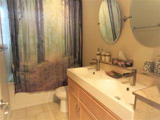 Photo 11: 2142 MCCAFFREY Road: Agassiz House for sale : MLS®# R2427686
