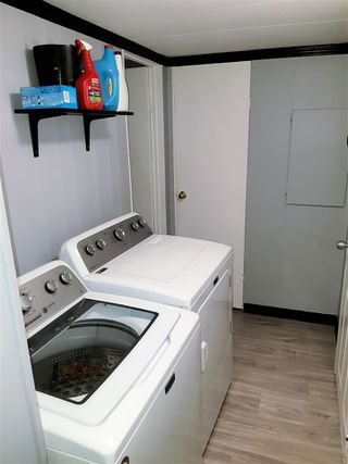"""Photo 7: 21 8266 KING GEORGE BOULEVARD Boulevard in Surrey: West Newton Manufactured Home for sale in """"Plaza"""" : MLS®# R2431295"""