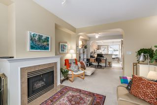 Photo 4: 35 6888 Robson Drive in Stanford Place: Terra Nova Home for sale ()  : MLS®# V1103171