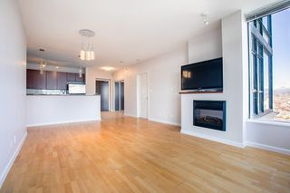 Photo 4: 1103 15 E ROYAL Avenue in New Westminster: Fraserview NW Condo for sale : MLS®# R2480972