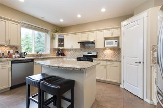 """Photo 4: 70 HAWTHORN Drive in Port Moody: Heritage Woods PM House for sale in """"Evergreen Heights by Parklane"""" : MLS®# R2499039"""
