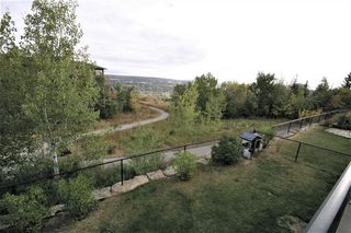 Photo 4: 36 Coulee Park SW in Calgary: Cougar Ridge Detached for sale : MLS®# A1036278