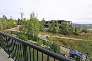 Photo 3: 36 Coulee Park SW in Calgary: Cougar Ridge Detached for sale : MLS®# A1036278