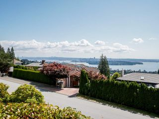 Photo 36: 2339 WESTHILL Drive in West Vancouver: Westhill House for sale : MLS®# R2528029