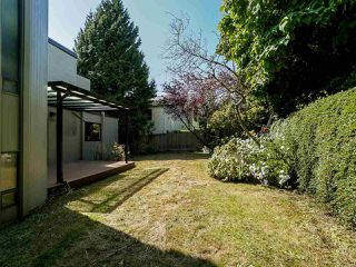 Photo 38: 2339 WESTHILL Drive in West Vancouver: Westhill House for sale : MLS®# R2528029