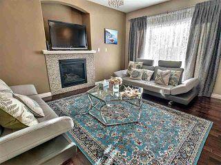 Photo 4: 10708 151 Street in Edmonton: Zone 21 House Half Duplex for sale : MLS®# E4166574