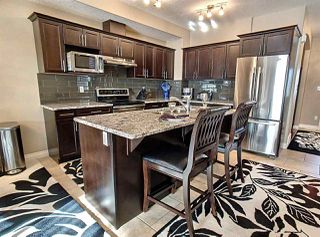 Photo 8: 10708 151 Street in Edmonton: Zone 21 House Half Duplex for sale : MLS®# E4166574