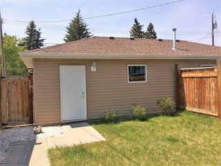 Photo 28: 10708 151 Street in Edmonton: Zone 21 House Half Duplex for sale : MLS®# E4166574