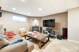 Photo 34: 1947 TOMLINSON Crescent in Edmonton: Zone 14 House for sale : MLS®# E4185150
