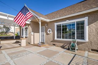 Photo 2: PARADISE HILLS House for sale : 4 bedrooms : 6529 Lockford Ave in San Diego
