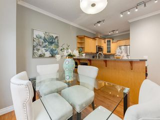 Photo 9: 1732 21 Avenue SW in Calgary: Bankview Row/Townhouse for sale : MLS®# A1034441