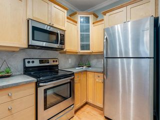 Photo 13: 1732 21 Avenue SW in Calgary: Bankview Row/Townhouse for sale : MLS®# A1034441