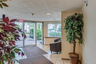 Photo 26: 402 1055 Hillside Ave in : Vi Hillside Condo for sale (Victoria)  : MLS®# 858795