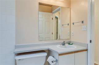 Photo 18: 402 1055 Hillside Ave in : Vi Hillside Condo for sale (Victoria)  : MLS®# 858795
