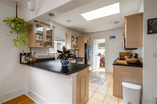 Photo 14: 3222 E GEORGIA STREET in Vancouver: Renfrew VE House for sale (Vancouver East)  : MLS®# R2503220
