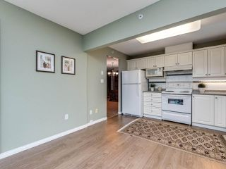 "Photo 10: 706 12148 224 Street in Maple Ridge: East Central Condo for sale in ""Panorama"" : MLS®# R2527237"