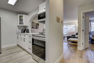 Photo 2: 105 10620 104 Street in Edmonton: Zone 08 Condo for sale : MLS®# E4224820