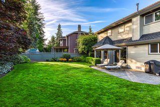 """Photo 5: 10553 WOODGLEN Close in Surrey: Fraser Heights House for sale in """"Fraser Glen"""" (North Surrey)  : MLS®# R2398175"""