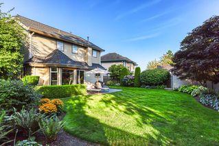 """Photo 4: 10553 WOODGLEN Close in Surrey: Fraser Heights House for sale in """"Fraser Glen"""" (North Surrey)  : MLS®# R2398175"""