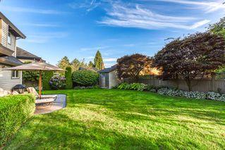 """Photo 3: 10553 WOODGLEN Close in Surrey: Fraser Heights House for sale in """"Fraser Glen"""" (North Surrey)  : MLS®# R2398175"""