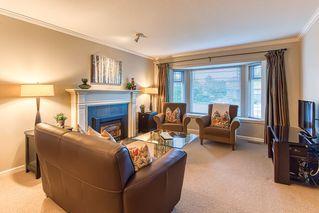 """Photo 13: 10553 WOODGLEN Close in Surrey: Fraser Heights House for sale in """"Fraser Glen"""" (North Surrey)  : MLS®# R2398175"""
