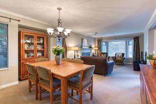 """Photo 12: 10553 WOODGLEN Close in Surrey: Fraser Heights House for sale in """"Fraser Glen"""" (North Surrey)  : MLS®# R2398175"""