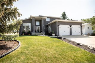 Main Photo: 3562 54 Avenue in Innisfail: IL Southwest Innisfail Residential for sale : MLS®# CA0180982