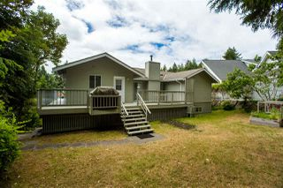 "Photo 14: 7060 DALE Road in Sechelt: Sechelt District House for sale in ""CALETA ESTATES"" (Sunshine Coast)  : MLS®# R2423298"