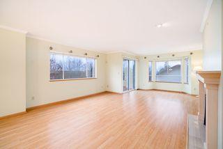 "Photo 3: 203 1441 BLACKWOOD Street: White Rock Condo for sale in ""Capistrano"" (South Surrey White Rock)  : MLS®# R2425820"