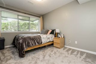 "Photo 14: 79 4001 OLD CLAYBURN Road in Abbotsford: Abbotsford East Townhouse for sale in ""Cedar Springs"" : MLS®# R2427532"
