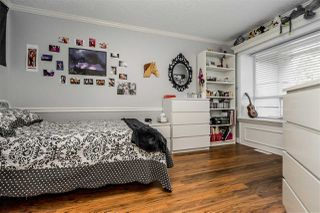 """Photo 10: 79 4001 OLD CLAYBURN Road in Abbotsford: Abbotsford East Townhouse for sale in """"Cedar Springs"""" : MLS®# R2427532"""