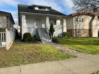 Main Photo: 636 CASSIAR Street in Vancouver: Renfrew VE House for sale (Vancouver East)  : MLS®# R2436685