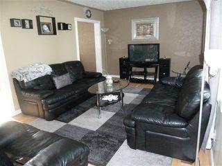 Photo 3: 13304 89A Street in Edmonton: Zone 02 Townhouse for sale : MLS®# E4188142