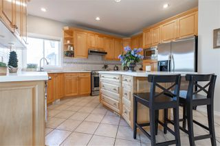 """Photo 5: 21625 MONAHAN Court in Langley: Murrayville House for sale in """"Murray's Corner"""" : MLS®# R2438320"""