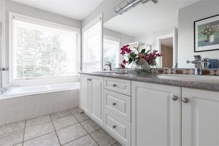 """Photo 10: 21625 MONAHAN Court in Langley: Murrayville House for sale in """"Murray's Corner"""" : MLS®# R2438320"""