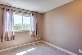 Photo 19: 194 WOODMONT Terrace SW in Calgary: Woodbine Row/Townhouse for sale : MLS®# C4306150