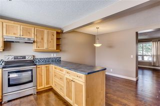 Photo 10: 194 WOODMONT Terrace SW in Calgary: Woodbine Row/Townhouse for sale : MLS®# C4306150