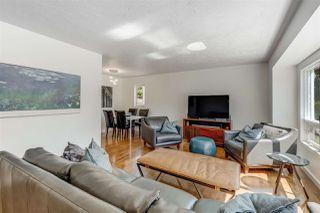 Photo 2: 15212 85 Avenue in Edmonton: Zone 22 House for sale : MLS®# E4208310