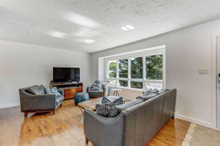 Photo 3: 15212 85 Avenue in Edmonton: Zone 22 House for sale : MLS®# E4208310