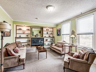 Photo 3: 2227 14 Street SW in Calgary: Bankview Detached for sale : MLS®# A1034801