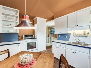 Photo 9: 2227 14 Street SW in Calgary: Bankview Detached for sale : MLS®# A1034801